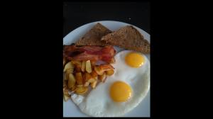 American breakfast sunny side up